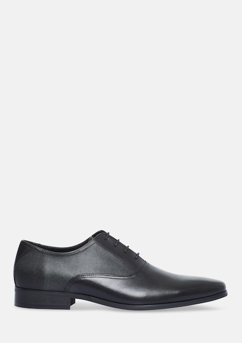 Black Piccadilly Oxford Shoe